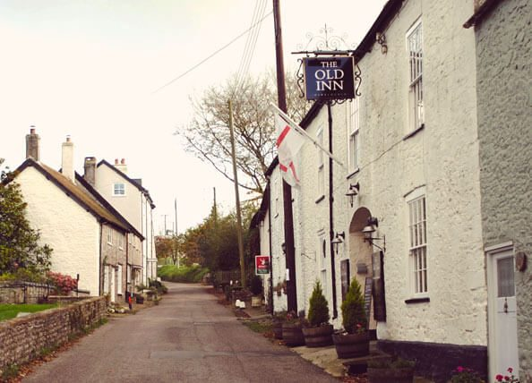 Old Inn - Axminster